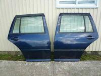 *** Portes bleues Volkswagen Jetta WAGON TDI MK4 *** 2003 2004