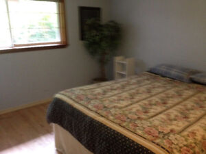 2  bedroom in Quiet home - AVAILABLE NOW