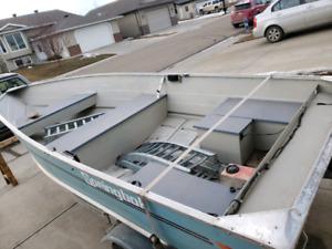 12 foot aluminium boat and 32 foot searay lake boat