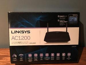 Linksys router London Ontario image 1