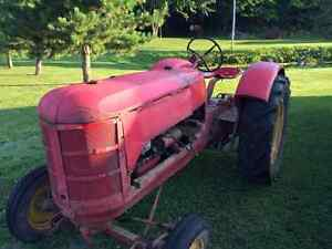 Tracteur Massey Harris 102 Junior
