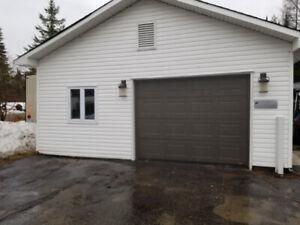 Atelier / Garage a louer ou Entreposage - $550.00 / mois