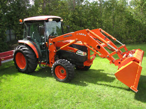 Like new Kubota L-4240 4x4 loader, cab, only 200 hrs