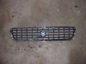 volvo V90 front grill  2006