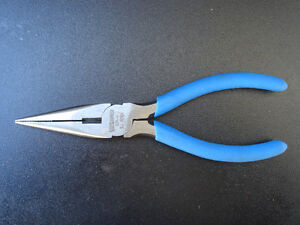 Needle nose and set of pliers. Windsor Region Ontario image 1
