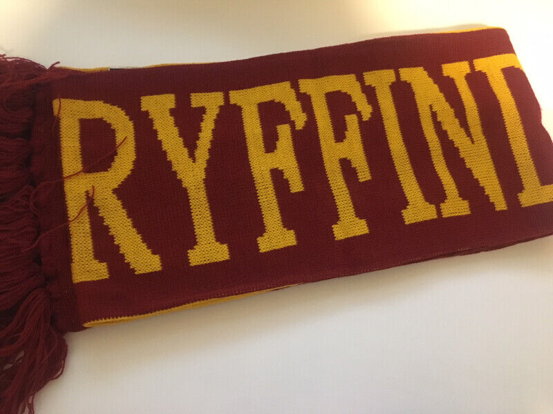Gryffindo reversible scarf - in excellent condition (new) - $25