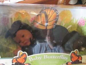 ANNE GEDDES BABY BUTTERFLIES DOLL (DISCONTINUED)