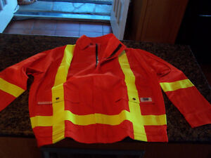 HIGH VISIBILITY SAFETY BOMBER JACKETS (3 Small - 4 Med.)