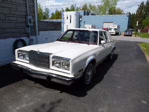 Chrysler Fifth Avenue 1985 à vendre