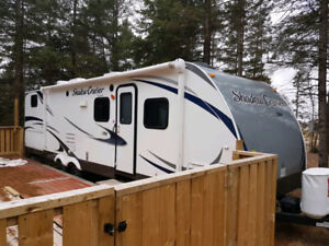 2013 Shadow Cruiser 280QBS - Bunks / Outside Kitchen - $20,500