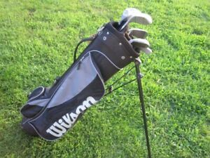 Junior Right Hand 5-pc Golf Clubs Set & Golf Stand Bag