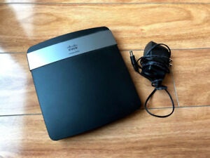 Linksys E2500 Advanced Simultaneous Dual-Band Wireless Router