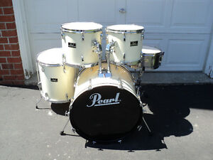 5 pc. Pearl Forum shell pack or complete kit.