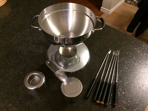 Fondue set - unused!