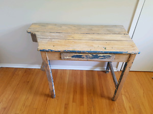 Antique captain' ship desk