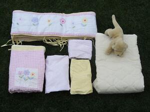 literie pour lit de bebe/ bed linen for crib