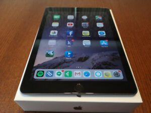Apple iPad 32GB 6th Gen - Space Grey - Wifi+Cellular - Like New