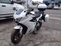 Demo 2015 VFR 800F Pearle White With 2 Year Full Warranty!