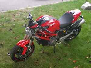 2010 Ducati Monster 696 with ABS