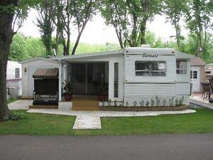 Roulotte de Parc 33' Camping Mon Repos