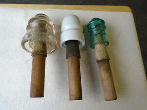 (1) Lot of (3) Insulators & Wood Post Peg Mounts.