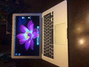 MacBook air 13'' - 800$