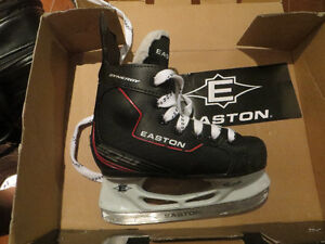 EASTON Youth 12 Hockey skates - EXCELLENT condition