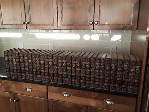 THE ENCYCLOPEDIA AMERICANA SET - 1949 EDITION - 29 Books