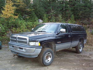 1997 Dodge Power Ram 2500 Camionnette