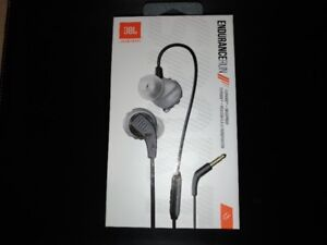 BRAND NEW JBL Endurance RUN headphones (WATERPROOF)