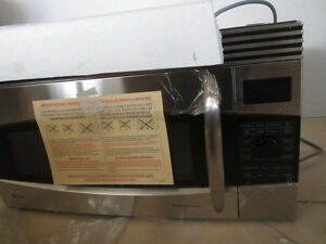 GE Over the Range Microwave/Convection Oven Kawartha Lakes Peterborough Area image 3