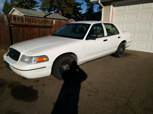 2007 ford crown Victoria $ 2700.00