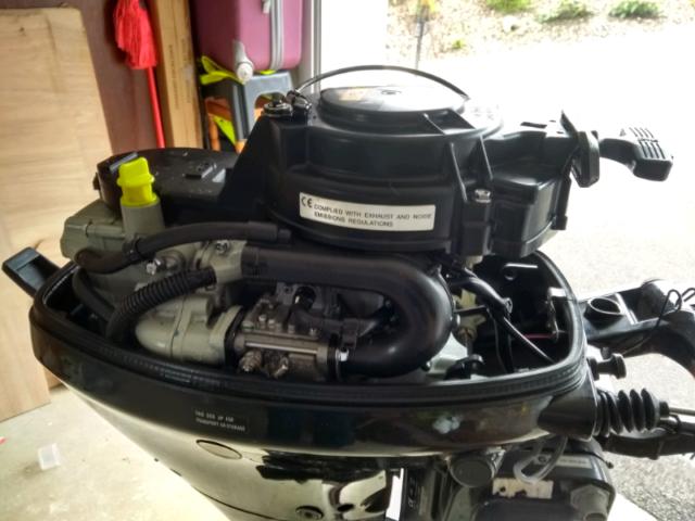 Suzuki 15 hp outboard engine   in Enniskillen, County Fermanagh