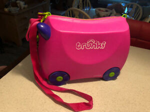 Trunki children's ride on suitcase/ hand luggage