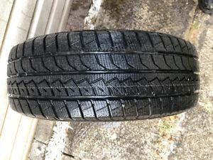 pneu d'hiver sur rim 185/60R14