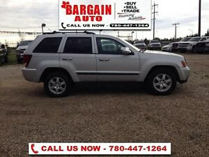 2009 Jeep Grand Cherokee Laredo  AWD - V6