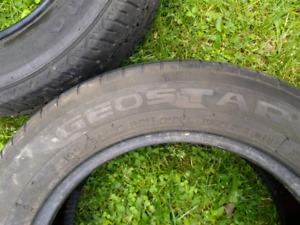 Set of 4 all seasons tires 195/60/15 $60