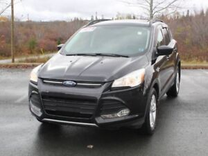 2014 FORD ESCAPE with Heated Seats!!
