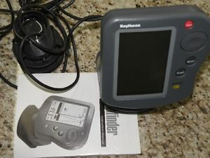 RAYTHEON  L265 FISHFINDER