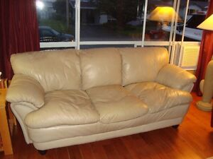 beige/yellow leather couch