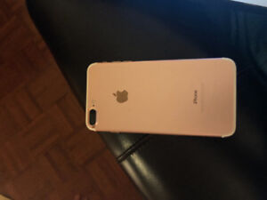 iPhone 7plus Rose gold 32 gb great condition. 500