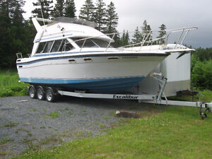 Large 30' boat or cabin.New pics