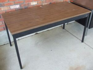 Sturdy Steel Frame Working Table
