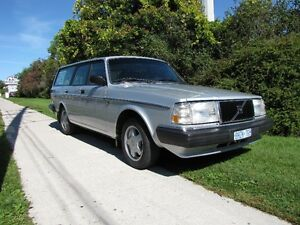 Volvo 240 parts, going cheap - Moving sale.