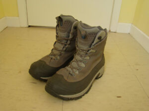 For Sale Womens Columbia winter boots