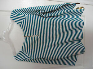 Women's Old Navy white/blue striped blouse top shirt Size Large London Ontario image 3