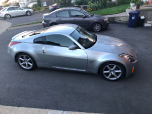 2003 Nissan 350Z Touring Edition Coupe (2 door)