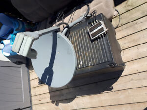 Bell express view satellite dish and splitter