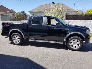 2007 Ford F-150 SuperCrew FX4 Loaded with Leather