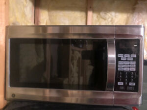 Stainless steel counter microwave